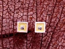 P. ARRACADES petites quadrada  ganxo /pern de 1 x 1 cms.